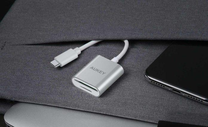 AUKEY USB C Card Reader Dual-Slot SD:Micro SD USB 3.0 Mini Card Reader for MacBook Pro