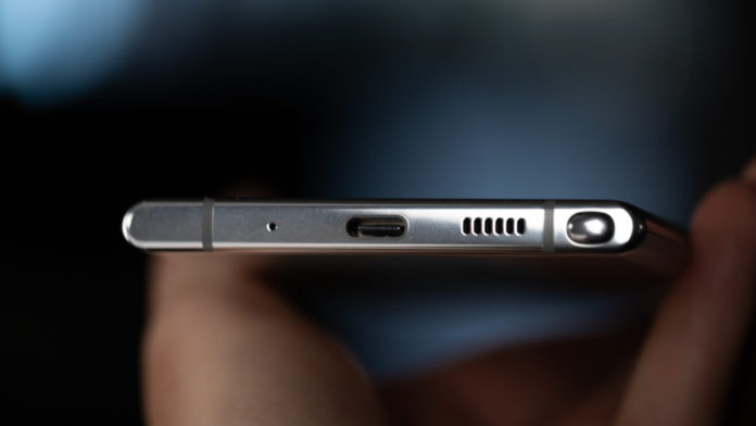 note 10 dongle