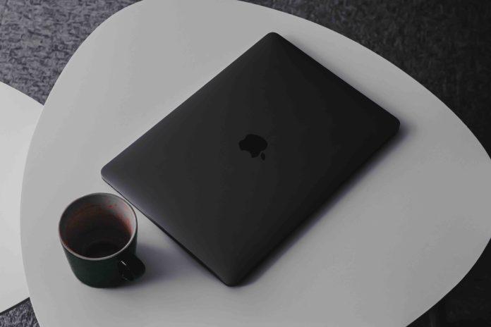 15 inch amazon macbook pro deal-min