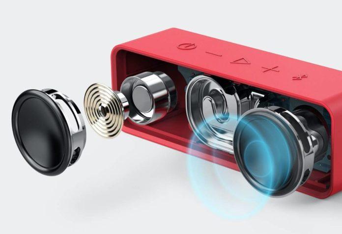 _Anker Soundcore 24-Hour Playtime Bluetooth Speaker-min (1)