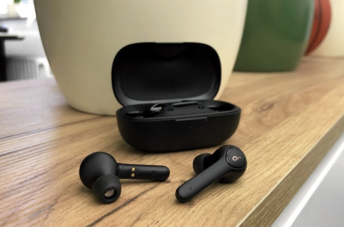 Anker Soundcore Life P2 True Wireless Earbuds-min