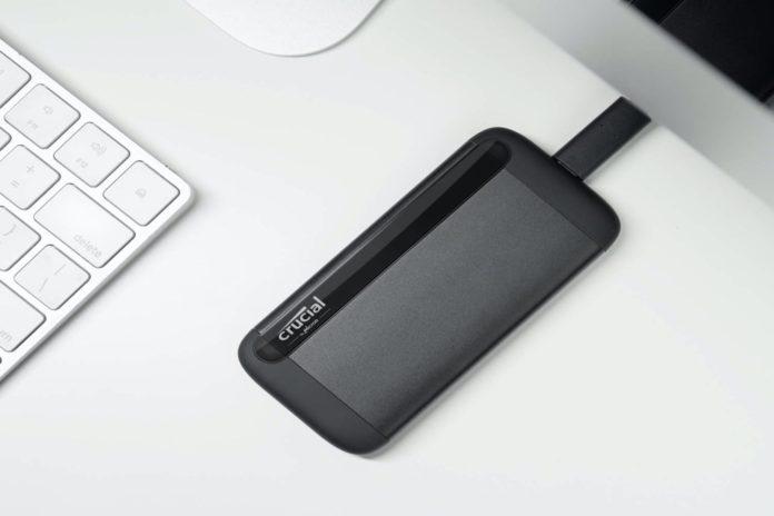Crucial 1TB X8 Portable SSD-min