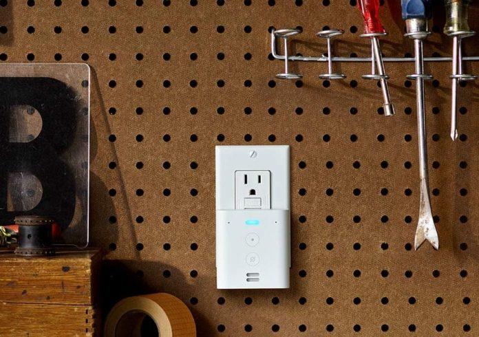 Echo Flex - Plug-in mini smart speaker-min
