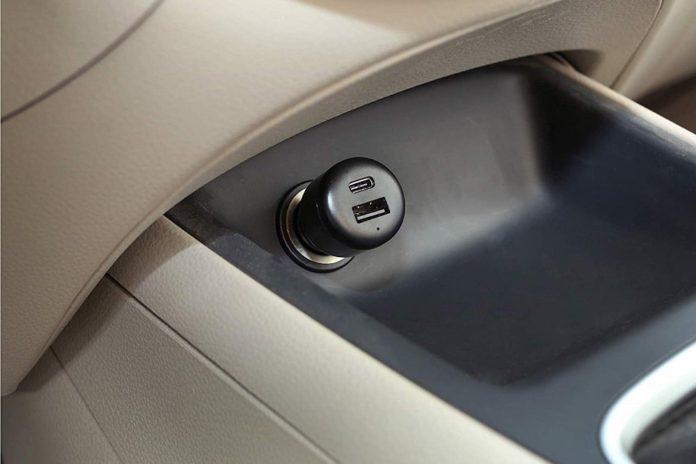 AmazonBasics USB-C Car Charger-min