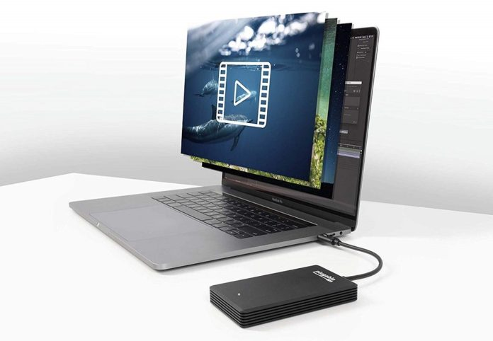 Plugable 512GB Thunderbolt 3 External SSD-min