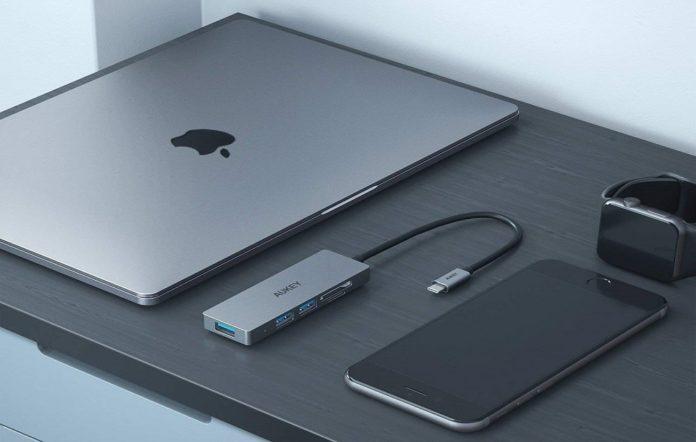 USB C Hub AUKEY 5 in 1 Aluminum Type C Adapter-min