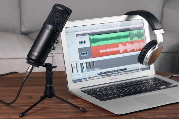 AUKEY Condenser Microphone