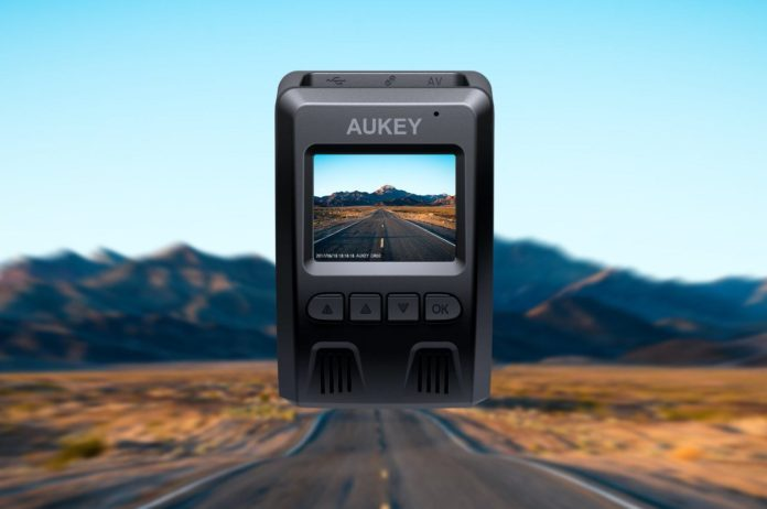 AUKEY Dash Cam, 1080P Dashboard Camera Recorder