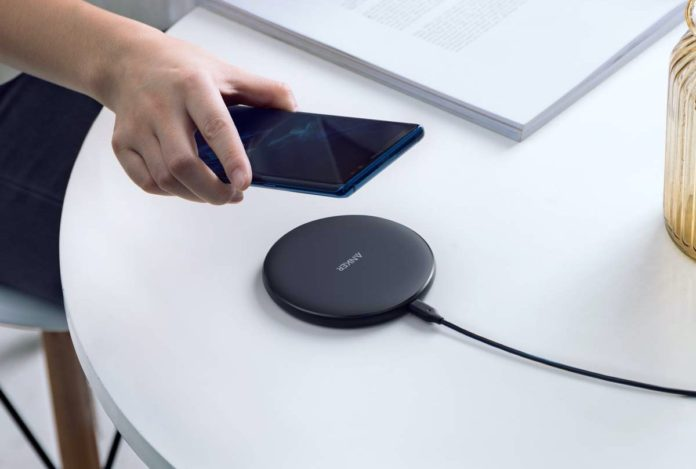 Anker Wireless Charger, PowerWave Pad