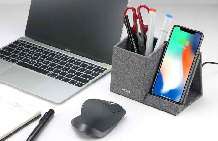 Lecone 10W Fast Wireless Charger with Desk Organizer Qi Certified Fabric Induction Charger