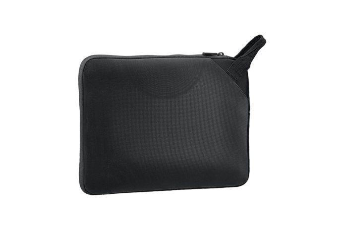 AmazonBasics 13.3 Executive Laptop Sleeve