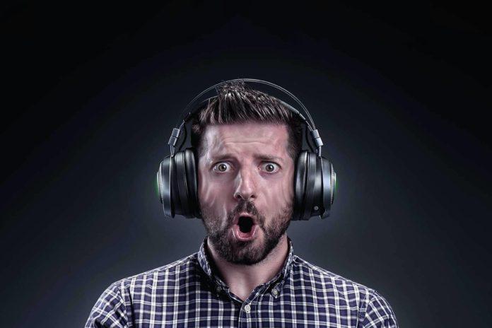Razer Nari Ultimate Wireless 7.1 Surround Sound Gaming-min