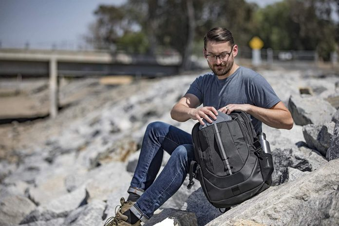 Targus Voyager II Travel and Commuter Business Backpack-min