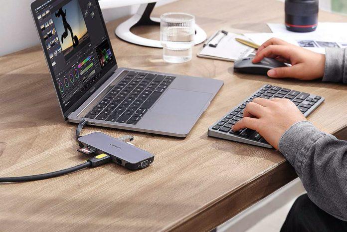 UGREEN USB C Hub-min
