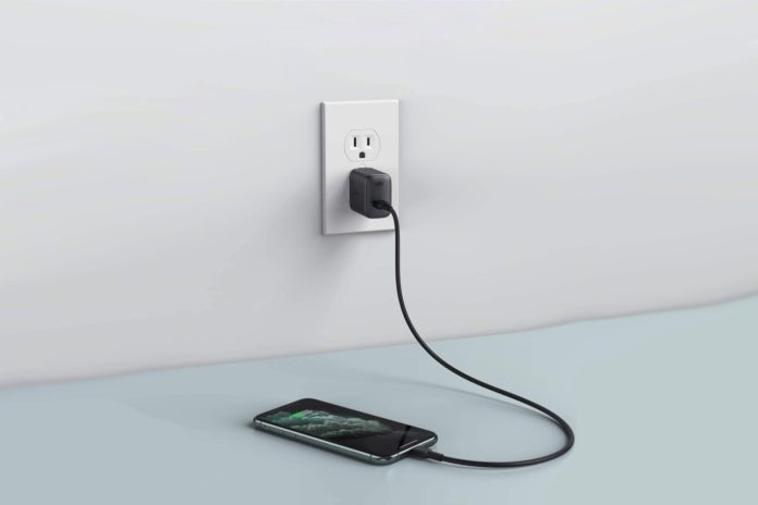 USB C Charger AUKEY 18W PD Charger with Foldable Plug
