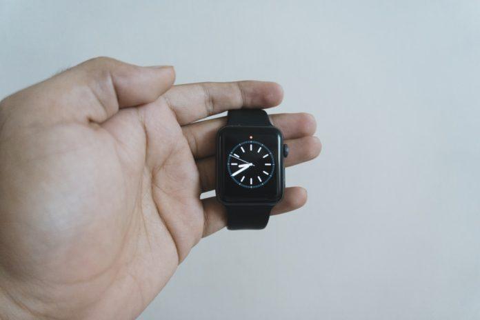 Apple Watch Series 3-min