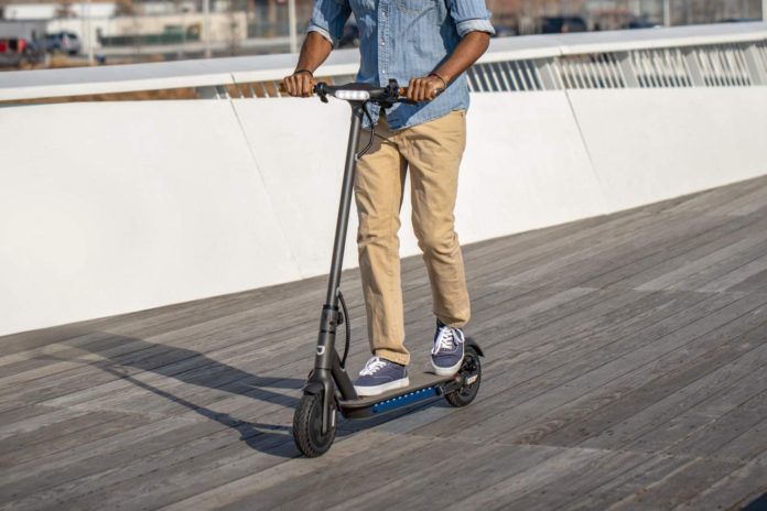 Jetson Quest Electric Scooter-min