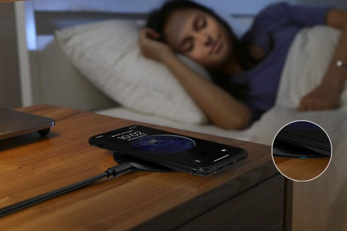 LETSCOM Ultra Slim Wireless Charger