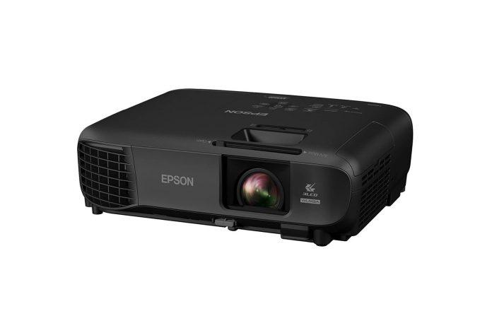 Epson Pro EX9220 1080p+ WUXGA 3,600 lumens color brightness