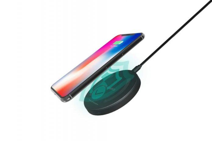 RAVPower Qi-Certified Fast Wireless Charging Pad