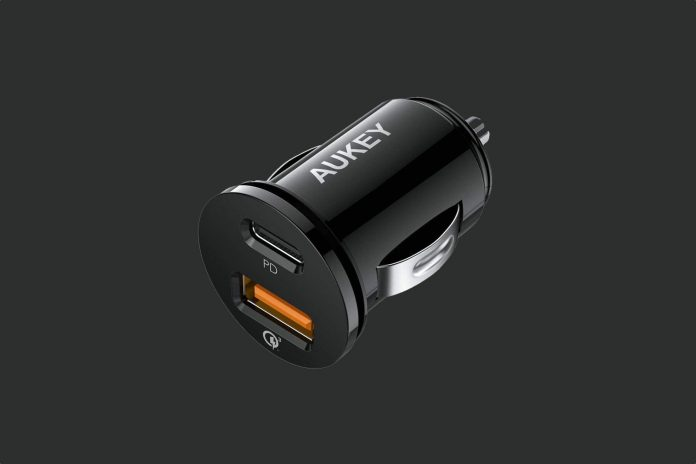 AUKEY 21W Car Charger with Power Delivery 3.0