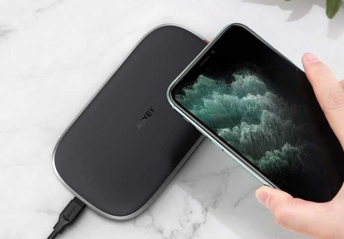 AUKEY Wireless Charger