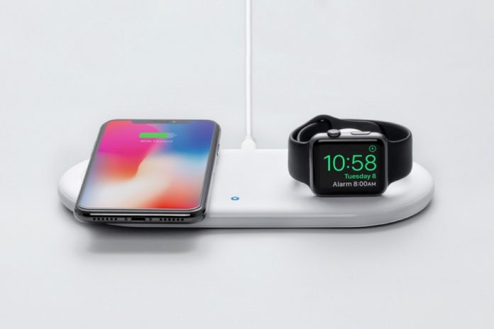 Anker Wireless Charging Station, 2 in 1 PowerWave+ Pad with Holder for Apple Watch