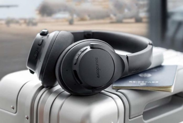Anker Soundcore Life Q20 Hybrid Active Noise Cancelling