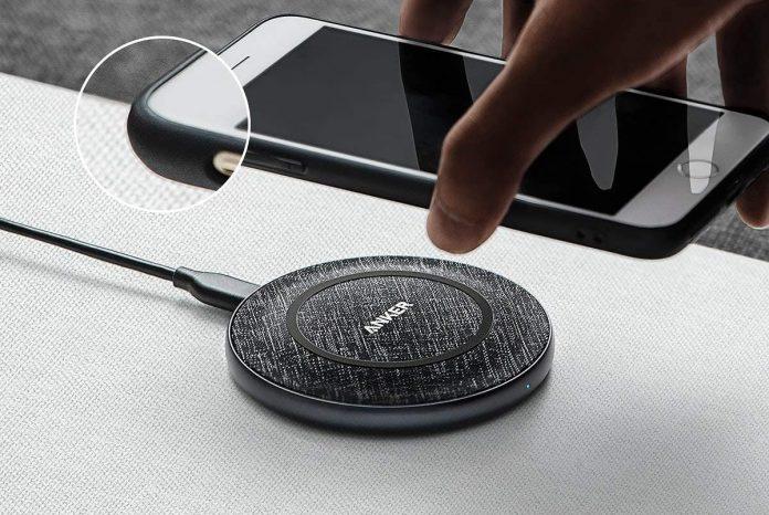Anker Wireless Charger PowerWave Sense Pad