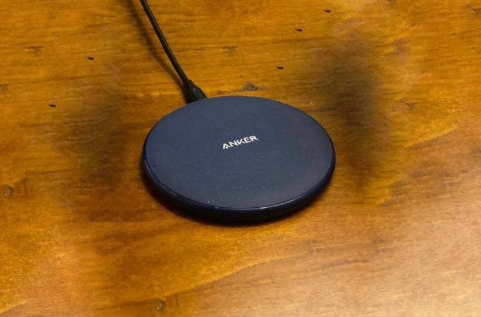Anker Wireless Charger, PowerWave Pad 10W Max
