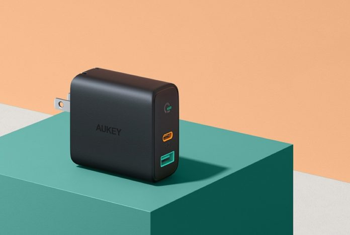AUKEY Focus USB C Charger 30W and 12W
