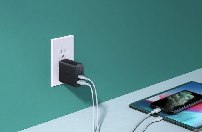 Aukey Focus Duo 30W Dual-Port PD Charger