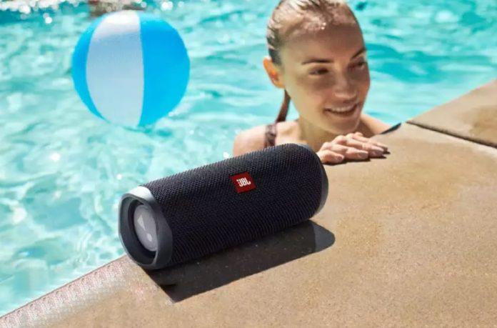 JBL FLIP 5 Bluetooth Speaker -min