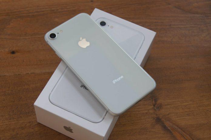 iPhone 8-min