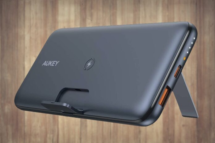 AUKEY Wireless Portable Charger 10000mAh with Foldable Stand