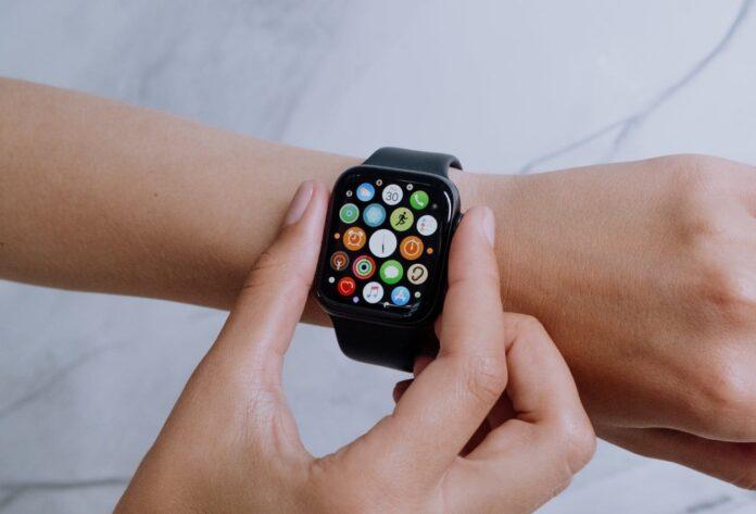 Apple Watch SE Deals