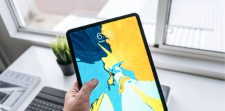 Apple iPad Pro (12.9-inch, Wi-Fi, 256GB) - Silver (4th Generation)