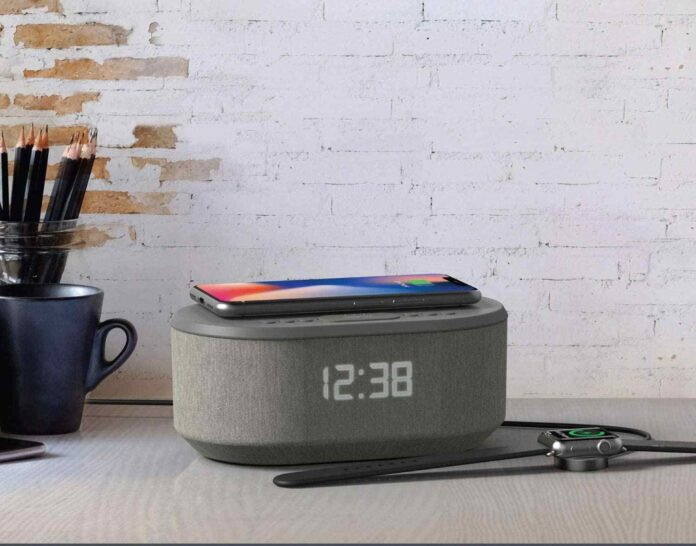i-box Bedside Radio Alarm Clock with USB Charger