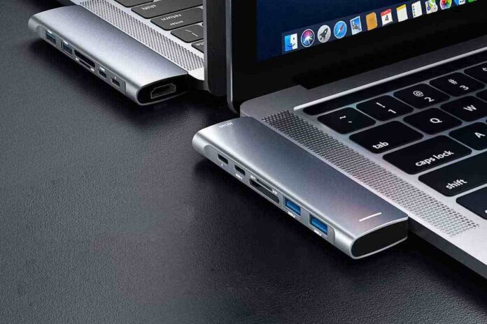 Rayrow 7-in-1 USB C Hub