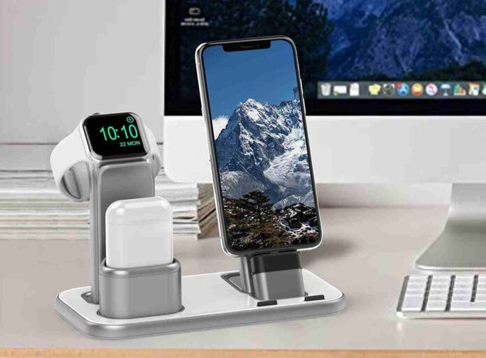 Beacoo Upgraded 3 in 1 Charging Stand