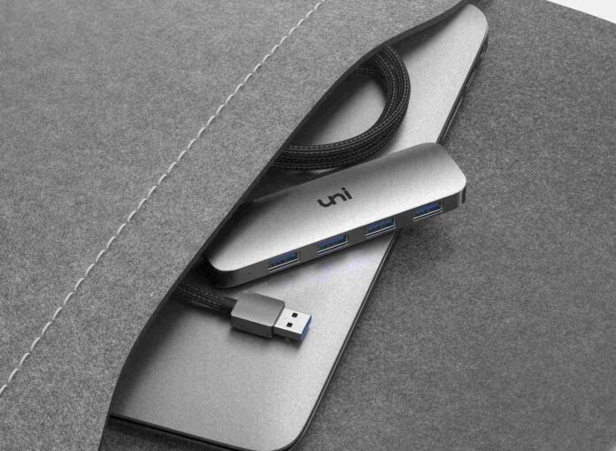 uni USB 3.0 Data Hub Adapter with a 4 ft Extended Cable