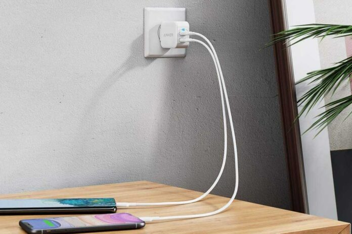 Anker PowerPort III 2-Port 12W USB Wall Charger Bundle